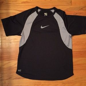 Men's Nike Performance short sleeve shirt Medium
